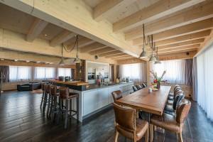 Fullwood - Haus Luzern - Essbereich