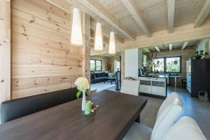 Fullwood - Haus Mittelfranken - Wohn-/Essbereich