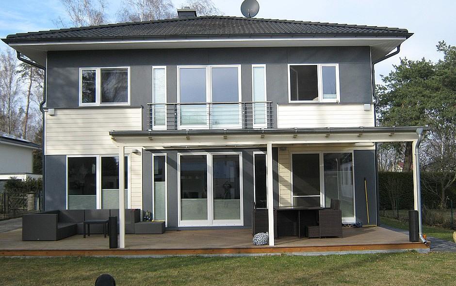 Akost GmbH - Haus Axel Frontansicht