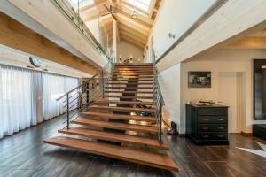 Fullwood - Haus Luzern - Treppe