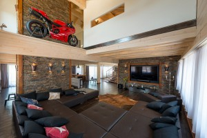 Fullwood - Haus Luzern - Sitzgruppe im Wohnbereich