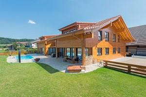 Fullwood - Haus Luzern - Gartenseite