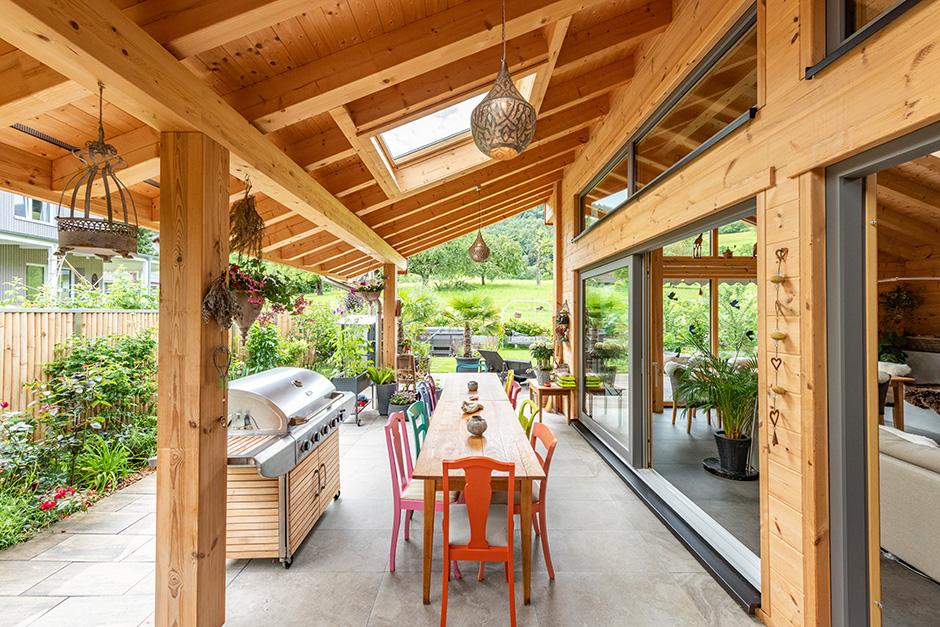 Fullwood-Wohnblockhaus-Gilgenbergerland-Terrasse